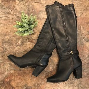 ✨Host Pick✨Ugg Claudine tall leather black boots